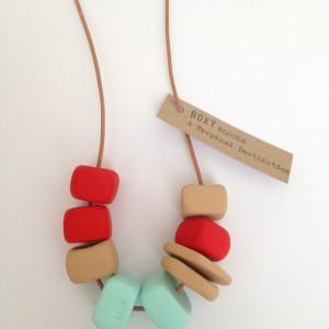 Bonty – Win a Boxy necklace giveaway