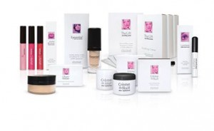 Eternal Cosmeceuticals – Win a $700 Eternal Ultimate Packages