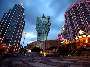 CourierMail – Enter your travel photo to Win a trip to Macau