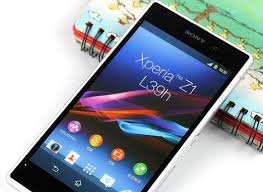 Girlfriend – Win 1 of 2 Sony Xperia Z1 Compact valued at $699 plus 3 months amaysim UNLIMITED valued at $134.70