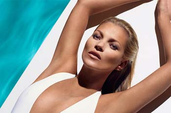 VOGUE – Trial and review the new St Tropez Self Tan Express