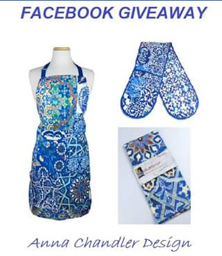 Gypsiana – Win Canvas Apron and Double Oven Mitt In One of Our Most Popular Designs