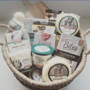 La Casa Del Formaggio FB – Win this Ultimate Cheese Platter Pack Full of Tucker's Natural and La Casa Del Formaggio Products Valued at Over $100