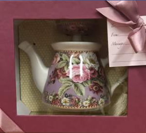 Logan Central Plaza – Win a Floral Teapot