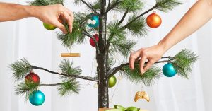 Microsoft Store – Xbox Ornaments – Win a major prize of a gold Xbox Holiday ornament valued at $10,550 OR a minor prize valued at $5,450