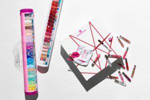 Girlfriend Magazine – Win 1/17 Essence Prize Packs (prize valued at $1,507)