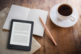 Ultimate Travel Magazine – Win a Kobo Aura Edition 2 Ebook Reader (prize valued at $179.95)