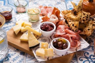 Gateway Sydney – Win a delicious meal for you and Mum from Salt Meats Cheese this Mother's Day