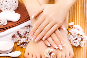 Market Square Geelong – Win a $200 Pamper Voucher to Lush Nail Bar (prize valued at $200)
