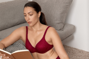 Female – Win One of 2 X Berlei Barely There Lace Sets Valued at $92.90 Each (prize valued at $92.9)