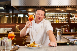 Weekend Notes – Jamie Oliver Restaurants – Win an Exclusive Meet and Greet With Him