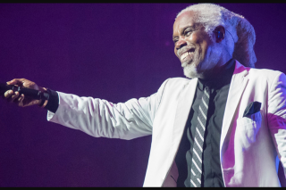 ARN 4KQ – Win Tickets to Billy Ocean (prize valued at $1,290)