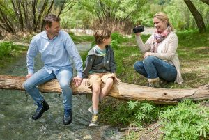 Family Travel – Win a grand prize of camera and accessories OR 1 of 2 minor prizes.