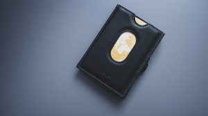 WorldTempus – Win a cardholder from Mauron Musy