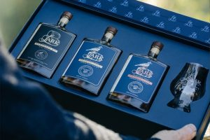 Man of Many – Win 1 of 10 Lark Whisky Tasting sets for Dad